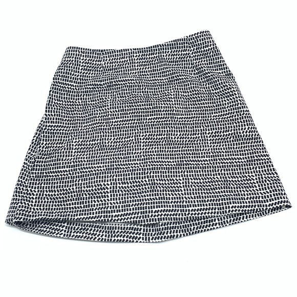 kate spade Dresses & Skirts - KATE SPADE PULL ON MiNi SKIRT WITH POCKETS SIZE 4